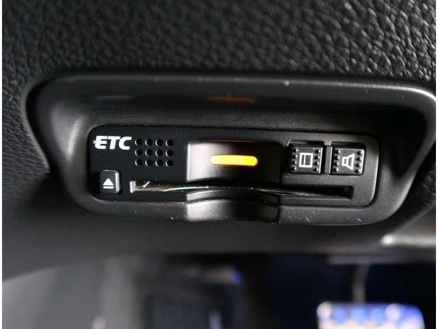 ハイブリッドRS・ホンダセンシング 2年保証付 衝突被害軽減ブレーキ クルーズコントロール ドラレコ メモリーナビ Bカメラ フルセグ 純正アルミ LEDヘッドライト シートヒーター ETC スマートキー ワンオーナー車(13枚目)