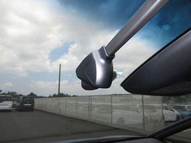 リュクス 2年保証付 デモカー 衝突被害軽減ブレーキ クルーズコントロール ドラレコ メモリーナビ Bカメラ 純正アルミ LEDヘッドライト ETC シートヒーター スマートキー ワンオーナー車(11枚目)