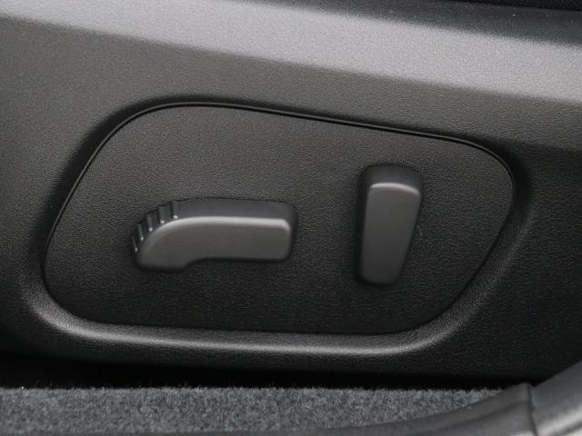 2.0iアイサイト 4WD フルセグ メモリーナビ バックカメラ 衝突被害軽減システム ETC HIDヘッドライト ワンオーナー DVD再生 ミュージックプレイヤー接続可 記録簿 安全装備 オートクルーズコントロール(13枚目)