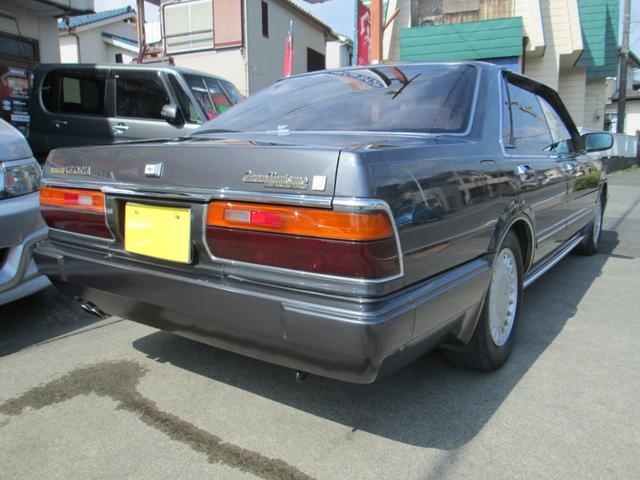 「日産」「グロリア」「セダン」「東京都」の中古車4