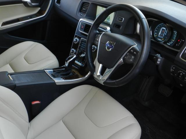 D4 SE 2016年モデル 後席両側モニター(9枚目)