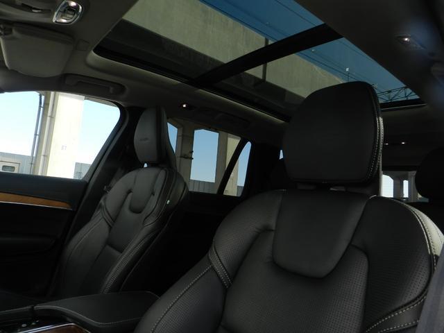 D5 AWDインスクリプション サンルーフ B&W エアサス(8枚目)