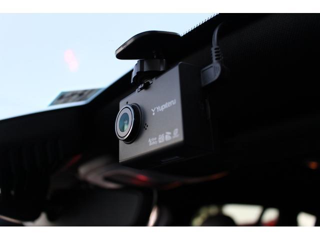 ドライブレコーダーを装備。オプションで前後撮影タイプもございます。