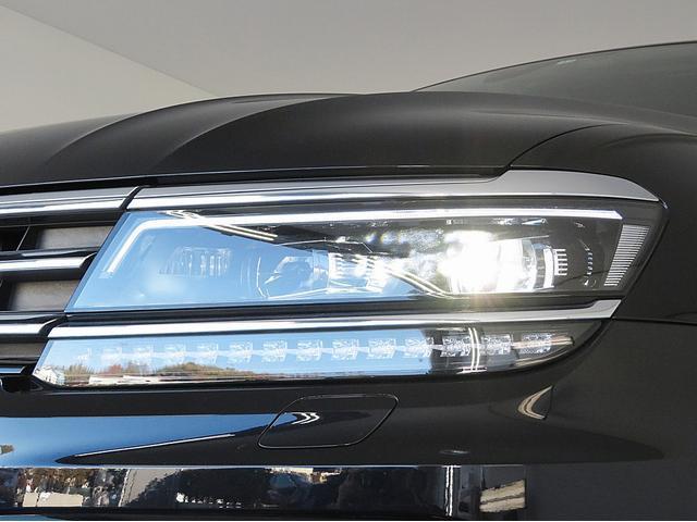 「LEDヘッドライト」標準採用モデルです。