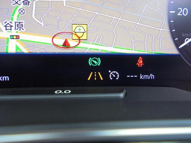 「レーンキープアシスト」を標準装備。主に高速道路走行時にドライバーの負担を軽減する装備です。