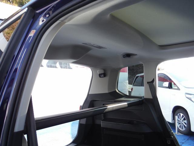「フォルクスワーゲン」「VW ゴルフトゥーラン」「ミニバン・ワンボックス」「神奈川県」の中古車32