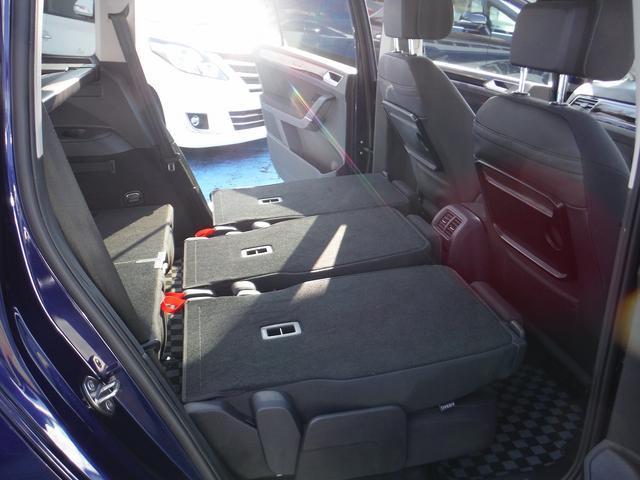 「フォルクスワーゲン」「VW ゴルフトゥーラン」「ミニバン・ワンボックス」「神奈川県」の中古車40