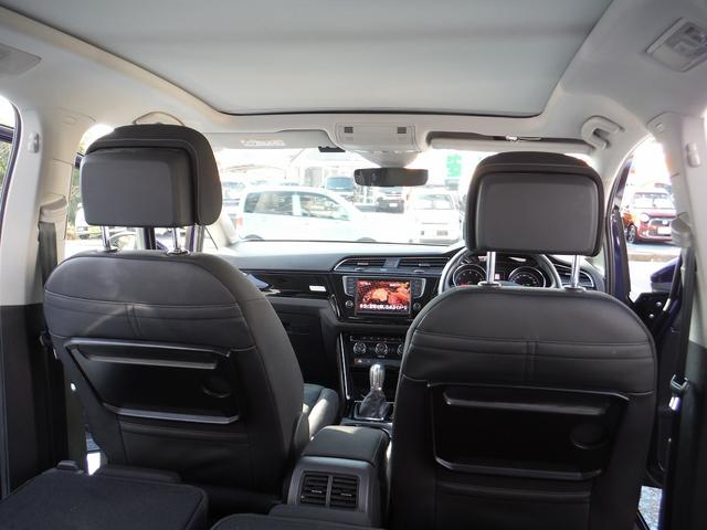 「フォルクスワーゲン」「VW ゴルフトゥーラン」「ミニバン・ワンボックス」「神奈川県」の中古車43