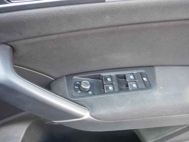 「フォルクスワーゲン」「VW ゴルフトゥーラン」「ミニバン・ワンボックス」「神奈川県」の中古車50