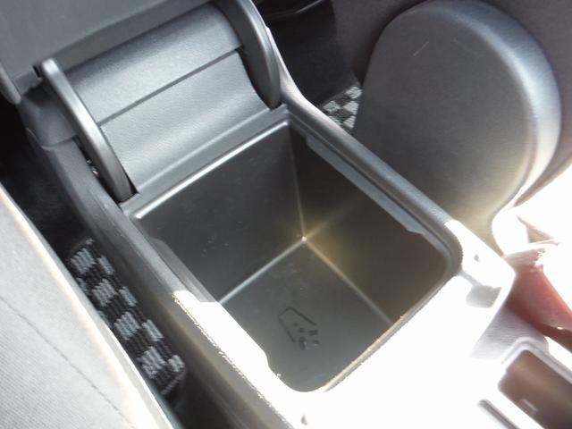 「フォルクスワーゲン」「VW ゴルフトゥーラン」「ミニバン・ワンボックス」「神奈川県」の中古車73