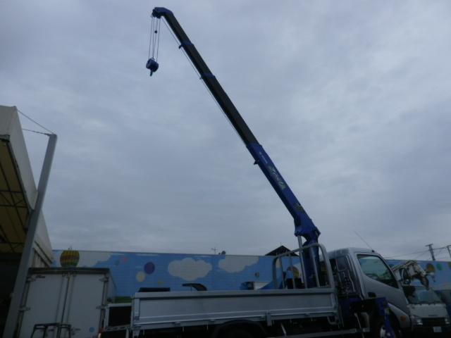 日野 デュトロ 標準ロング3トン4段クレーンラジコンフックイン