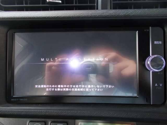 トヨタ アクア S  純正ナビ 地デジTV シートヒーター