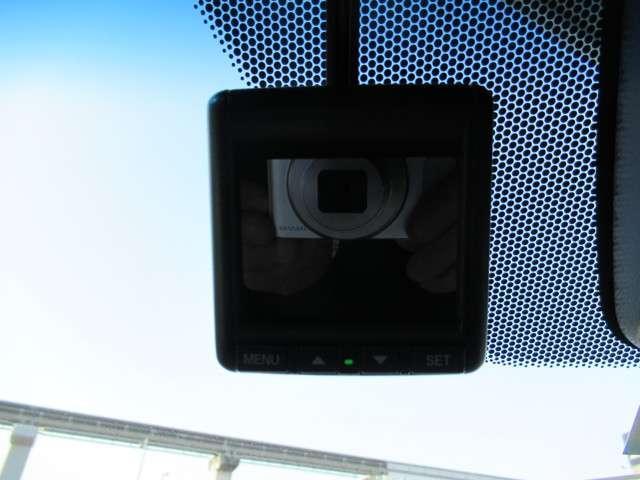 スパーダハイブリッド G・EX ホンダセンシング ナビTV リヤモニター 左右電動スライドドア LEDライト ETC ドライブレコーダー 左右電動スライドドア フロイントシートヒーター クルーズコントロール スマートキー 社外17インチアルミホイール(16枚目)
