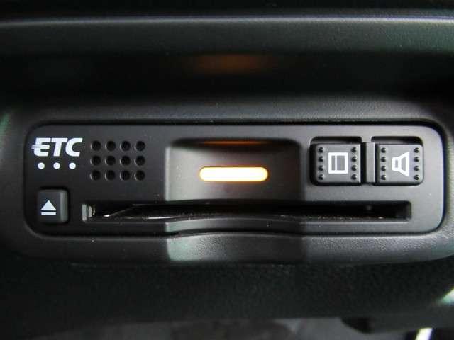 ハイブリッドZ・ホンダセンシング 元デモカー ナビTV フロントシートヒーター リヤカメラ LEDライト ETC オートリトラミラー クルーズコントロール パドルシフト スマートキー 純正17インチアルミホイール(17枚目)