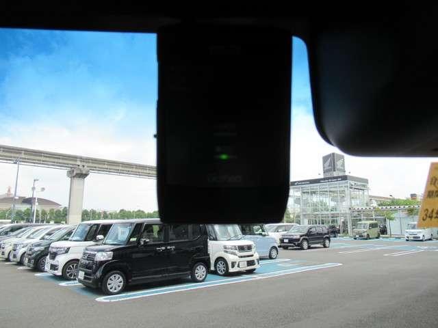 G・Lターボホンダセンシング 8インチナビフルセグTV タイヤ4本新品交換 前後ドライブレコーダー ETC LEDヘッドライト 左右電動スライドドア オートライトコントロール クルーズコントロール M/Tモード リアシートスライド(4枚目)