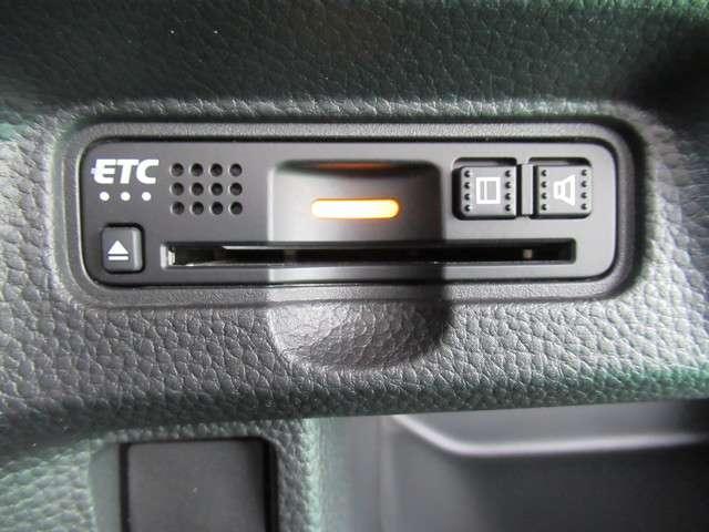 G・Lターボホンダセンシング 8インチナビフルセグTV タイヤ4本新品交換 前後ドライブレコーダー ETC LEDヘッドライト 左右電動スライドドア オートライトコントロール クルーズコントロール M/Tモード リアシートスライド(17枚目)