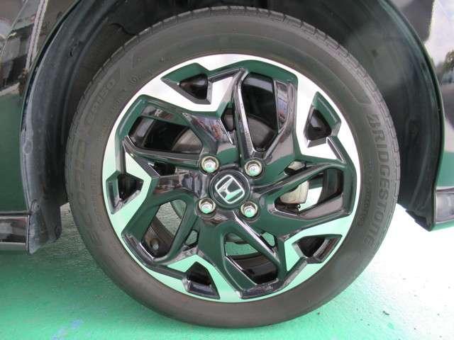 G・Lターボホンダセンシング 8インチナビフルセグTV タイヤ4本新品交換 前後ドライブレコーダー ETC LEDヘッドライト 左右電動スライドドア オートライトコントロール クルーズコントロール M/Tモード リアシートスライド(19枚目)