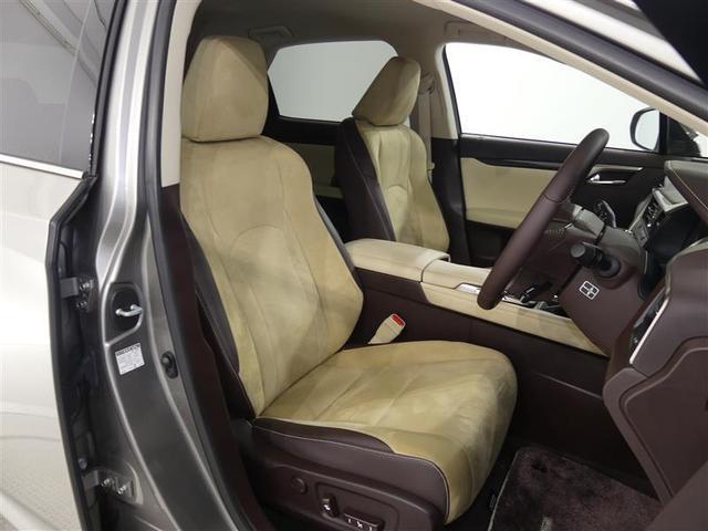 使用頻度の多い運転席側シ-トはへたりなどが少なく大変キレイで清潔な状態です♪