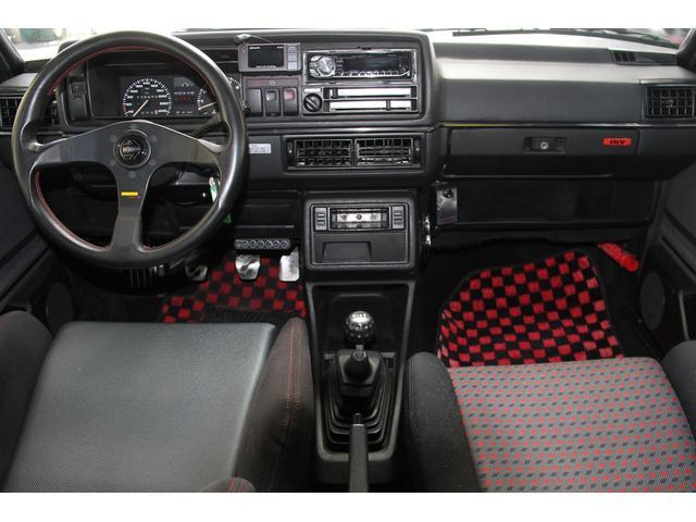 フォルクスワーゲン VW ゴルフ GTi-16V 87モデル
