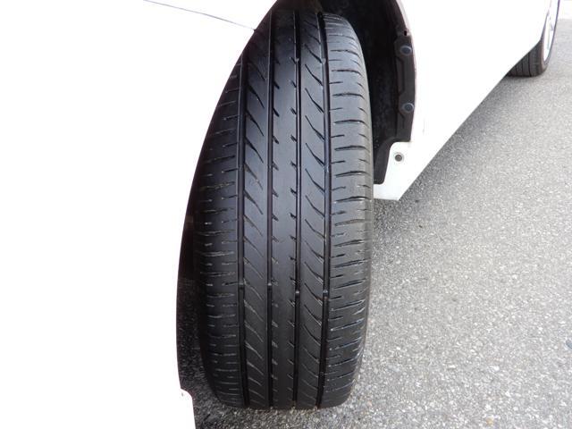 タイヤのヤマは4本ともタップリあります。外装・内装や機関・装備等の状態を表記した『車両評価シート』がございます。メールやFAX等でお送りすることが出来ますので、お気軽にお問い合わせ下さい。