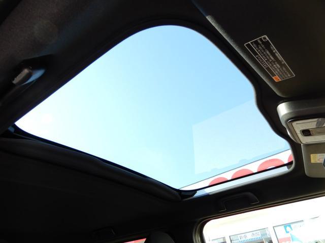G 衝突軽減ブレーキ/サンルーフ/フルセグナビ/バックカメラ/LEDライト/スマートキー/シートヒーター/純正オールウェザーフロアマット/届出済未使用車(9枚目)