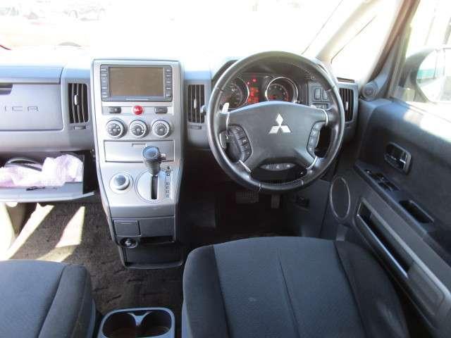 2.4 G ナビパッケージ 4WD 後席モニター(17枚目)