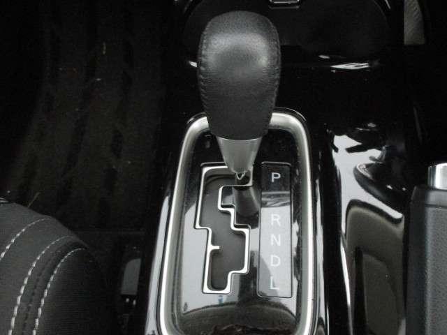2.4 24G セイフティパッケージ 4WD SDナビ TV(11枚目)