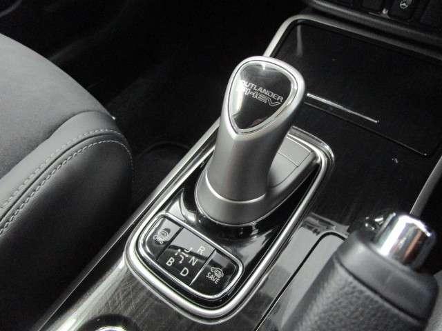「三菱」「アウトランダーPHEV」「SUV・クロカン」「埼玉県」の中古車11