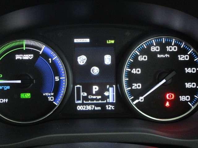 2.4 G 4WD SDナビ TV 誤発進抑制機能 電気温水(16枚目)