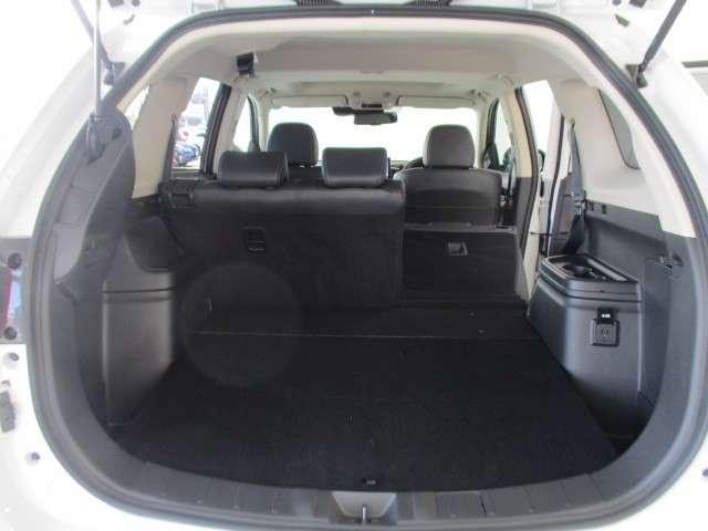 G 2.4 G 4WD 100V 電気温水 サンルーフ SDナビ フルセグTV 全方位カメラ 車両検知警報(18枚目)