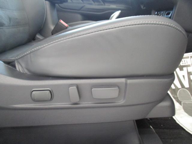 G 2.4 G 4WD 100V 電気温水 サンルーフ SDナビ フルセグTV 全方位カメラ 車両検知警報(30枚目)