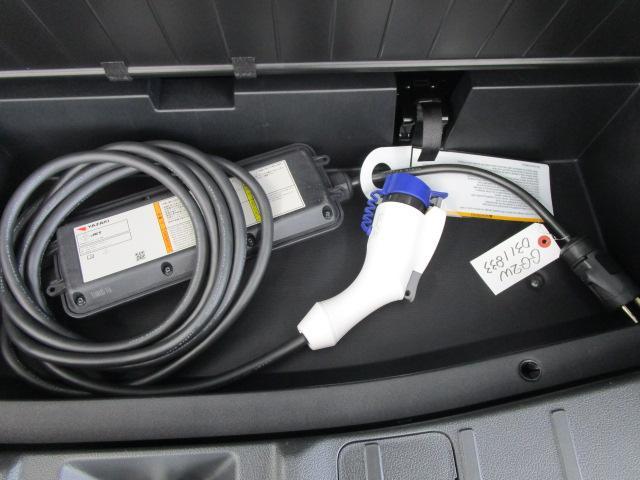Gセーフティパッケージ 1オーナー 100VAC電源 衝突軽減ブレーキ 誤発進抑制機能 全方位カメラ ルーフレール(51枚目)