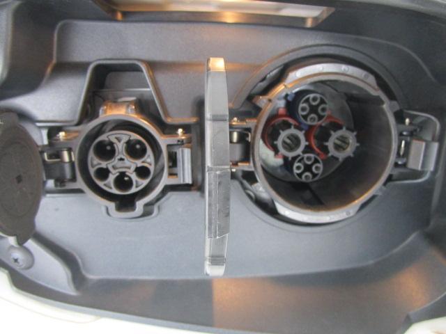 Gセーフティパッケージ 1オーナー 100VAC電源 衝突軽減ブレーキ 誤発進抑制機能 全方位カメラ ルーフレール(52枚目)