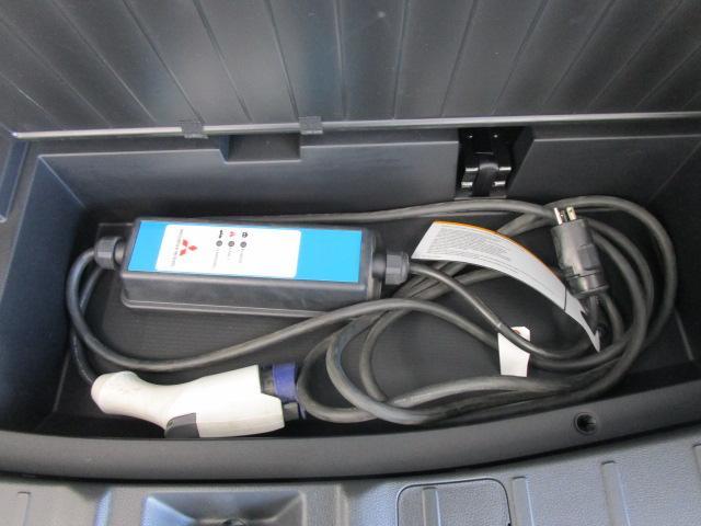 Gプレミアムパッケージ 1オーナー 100VAC電源 SDナビ 車検整備付(59枚目)