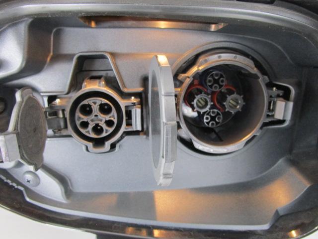 Gナビパッケージ 1オーナー 100VAC電源 SDナビ 全方位カメラ(54枚目)