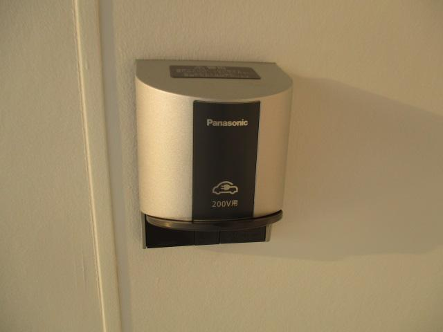 Gセーフティパッケージ 1オーナー 100VAC電源 SDナビ 車検整備付(75枚目)