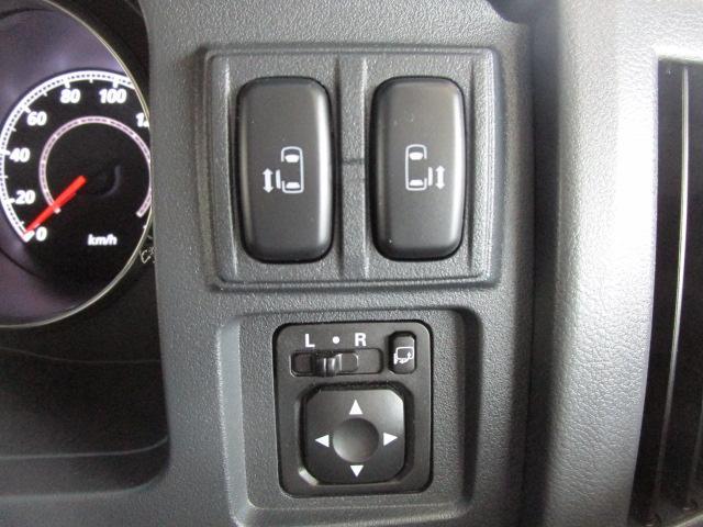 ローデスト ロイヤルツーリング 1オーナー SDナビ 両側電動スライドドア フルセグTV 電動テールゲート 後席モニター(46枚目)