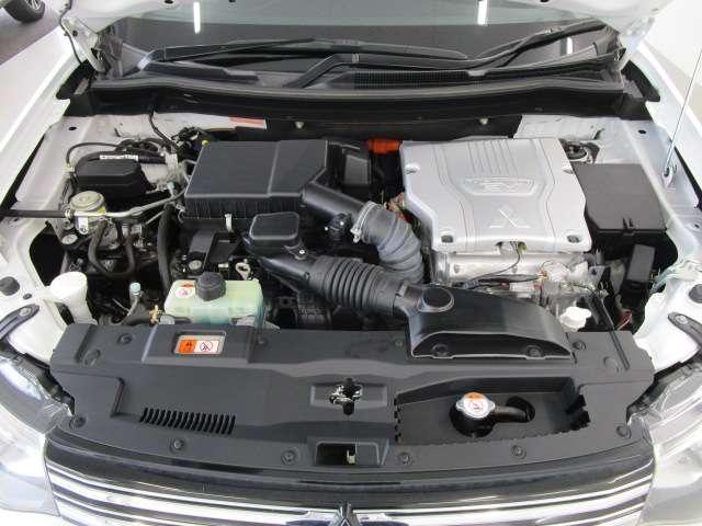 Gナビパッケージ 1オーナー 駆動バッテリー交換済 残存率100% 車線逸脱警報装置 衝突被害軽減ブレーキ 急速充電 AC100V電源 SDナビ フルセグTV(19枚目)