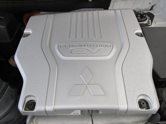 Gナビパッケージ 1オーナー 駆動バッテリー交換済 残存率100% 車線逸脱警報装置 衝突被害軽減ブレーキ 急速充電 AC100V電源 SDナビ フルセグTV(54枚目)