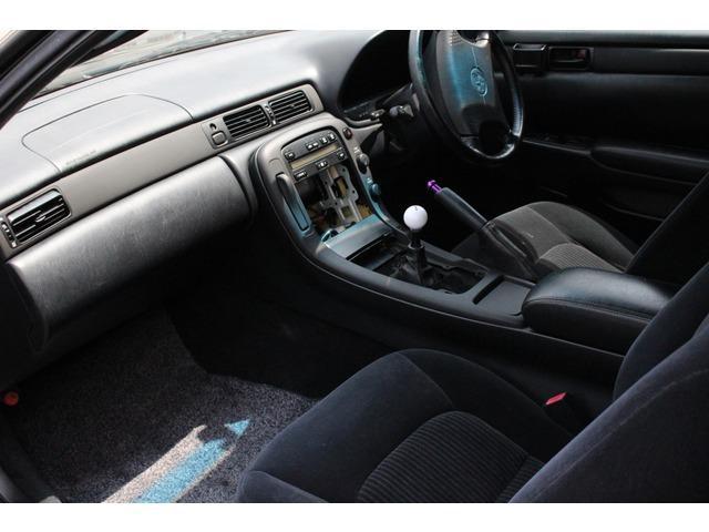 トヨタ ソアラ 2.5GT-T マニュアル乗せ換え済み