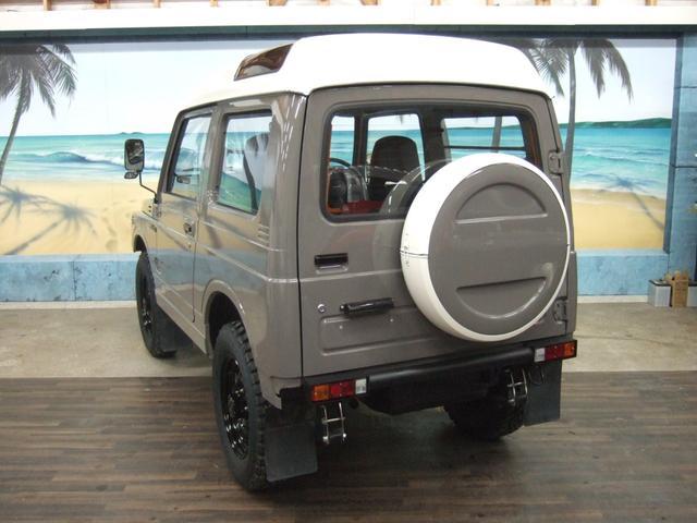 EC 4WD パノラミックルーフ 5MTシートカバー(4枚目)