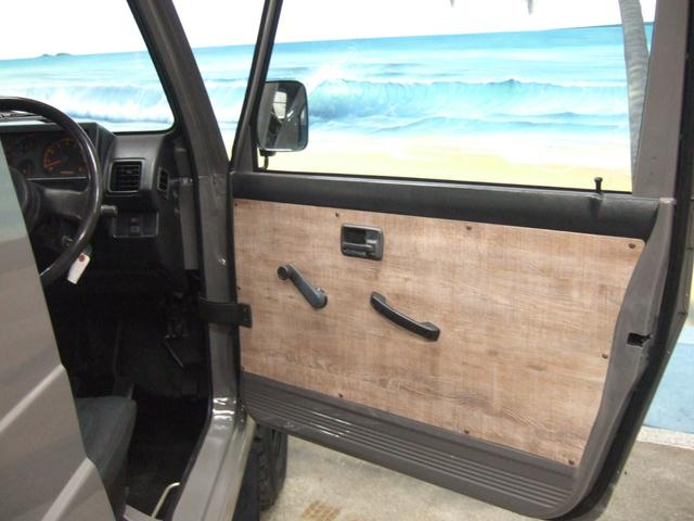 EC 4WD パノラミックルーフ 5MTシートカバー(7枚目)