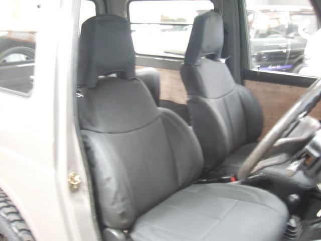 EC 4WD パノラミックルーフ 5MTシートカバー(9枚目)