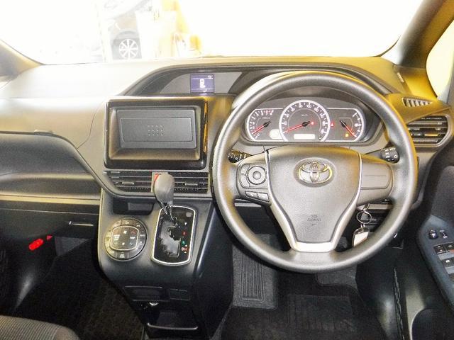 トヨタ ヴォクシー X ウェルキャブ スロープI車いす2脚 電動ウィンチ付