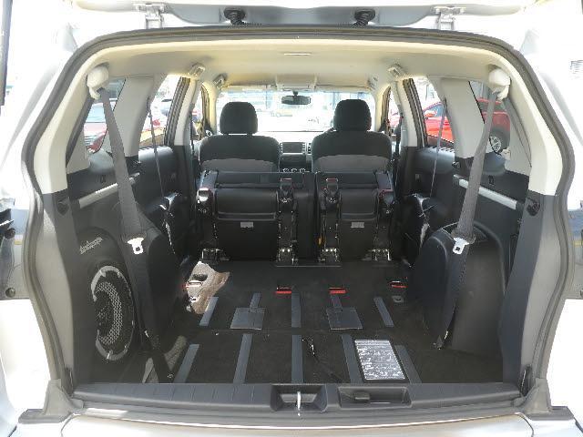 G 4WD 7人乗り 純正HDDナビBカメラETCスマートキ(10枚目)
