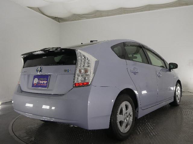 「トヨタ」「プリウス」「セダン」「埼玉県」の中古車5