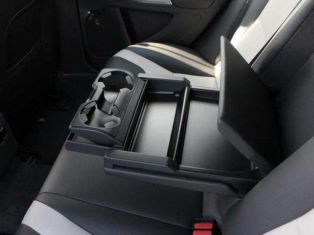 クロスカントリー T5 AWD SE フロントカメラ RSE(15枚目)