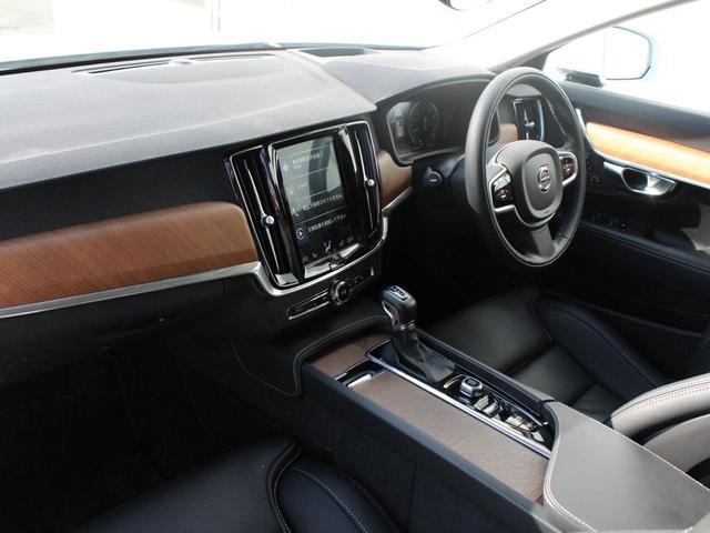 T6 AWD インスクリプション ワンオーナー 黒本革シート(10枚目)