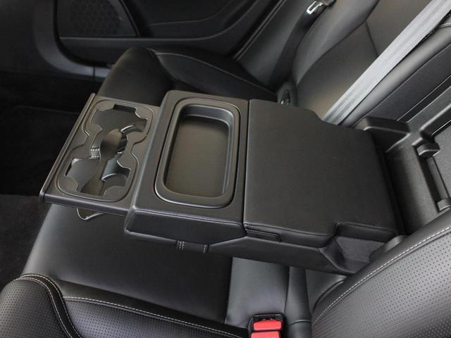 T6 AWD インスクリプション ワンオーナー 黒本革シート(13枚目)