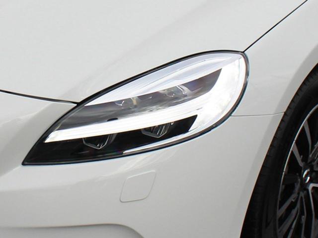 D4 ナビエディション ワンオーナー LEDヘッドライト(10枚目)